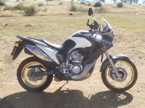 Honda XL700V  Trans Alp