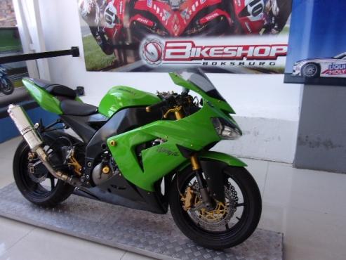 2004 Kawasaki ZX10