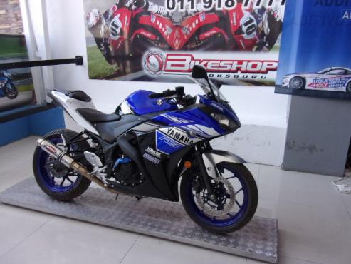 2016 Yamaha YZF R3 (