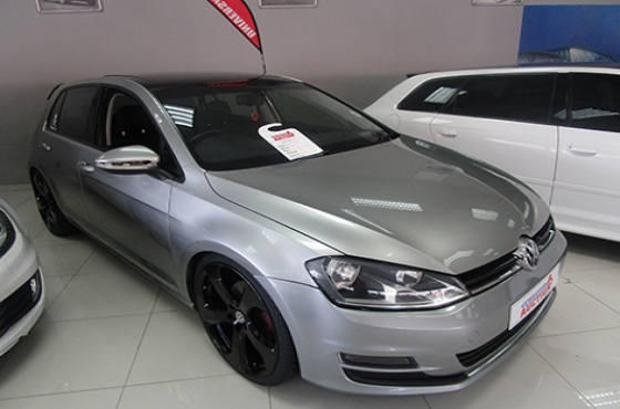 VW GOLF ON AUCTION