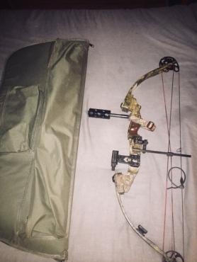 Bowtech Compound bow+Spyder paintball gun