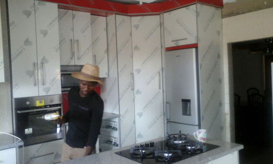 Kitchen units cupboards wine racks built in wardrobes for Kitchen units pretoria
