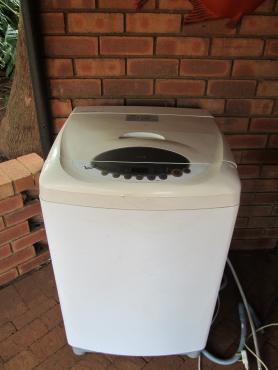 LG 3 Step Top loader washing machine