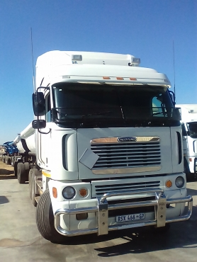 Looking for a truck working contract?