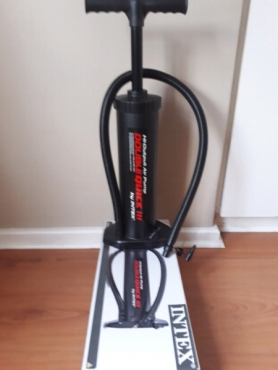 Pump, Multi Purpose Hand Pump brand New