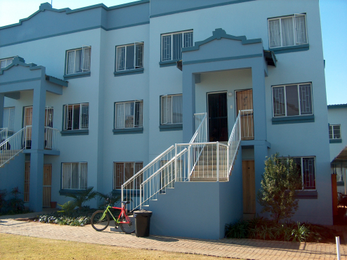 For Sale 2 x 1-Bedroom apartment for sale. 200 meters from the NWU entrance