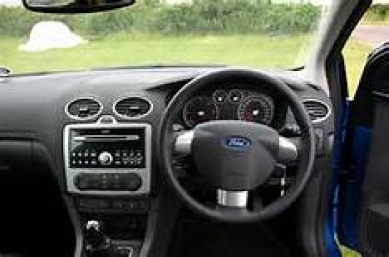 2008 ford focus dashboard with airbag