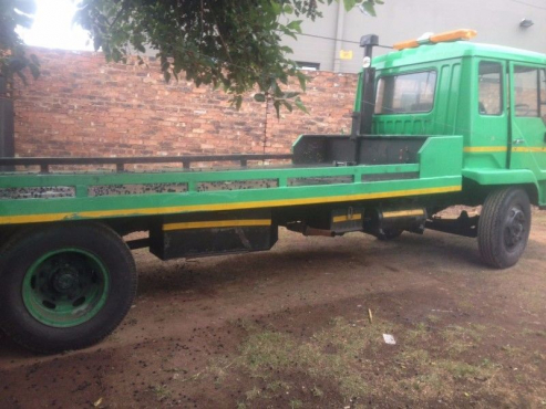 8 ton Roll back tow truck for hire urgent