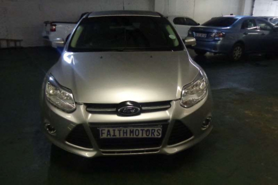 Ford Focus 1.6 4-doo