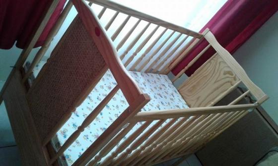 Box Matras Baby : Wood baby cot junk mail