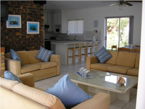 Jeffreys Bay Holiday Home across the road from the beach