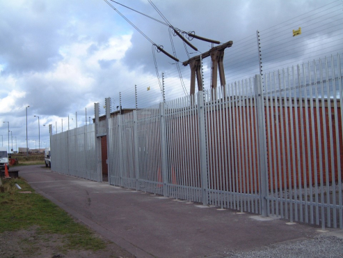 palisade new 1.8m (h) x 15m+4 m gate installed + painted R11 499