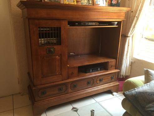 TV & Display unit