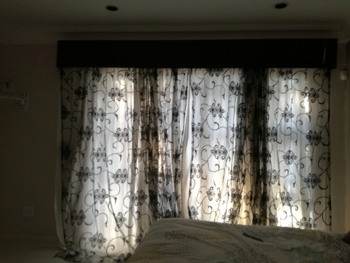 Excellent condition second hand curtains
