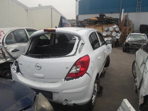 2010 OPEL CORSA ENJOY BREAKING UP FOR SPARES
