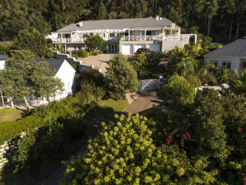 Stunning Gem set in Belvidere in Knysna with amazing views