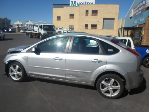 2007 FORD FOCUS 1.6 BREAKING UP FOR SPARES