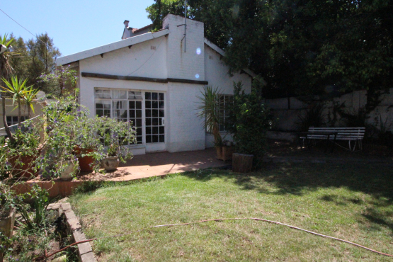 Rivonia Large Pet Friendly Garden cottage