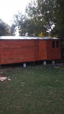 wendy house, Nutce and Vibacreats house