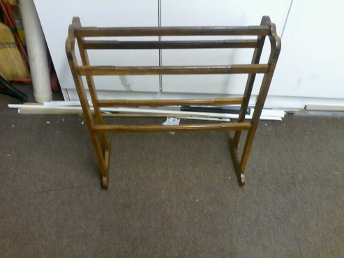 Towel rail solid wood