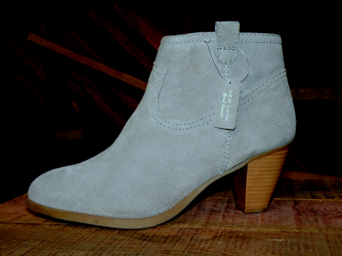 Genuine leather grey suede boot