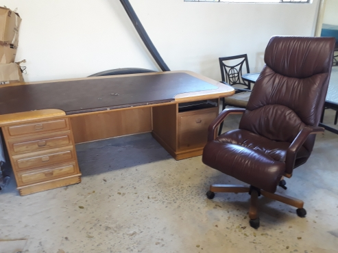 Large oak desk with leather inlay