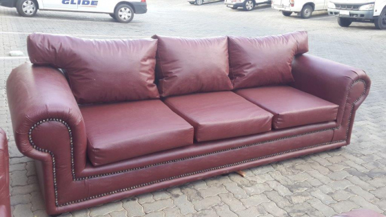 ALBI 3 SEATER COUCH