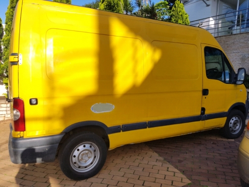 2006 Nissan Interstar