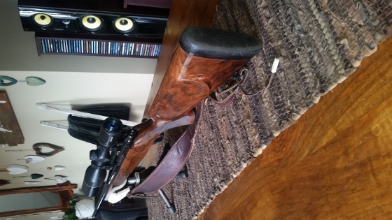 Howa 3006 Bull Barrel , short action, English wallnut Kolf, bedded, trigger done,