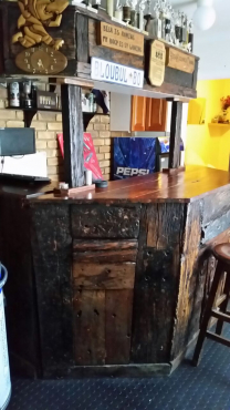 Sleeper Wood Bar With Bar Stools Junk Mail