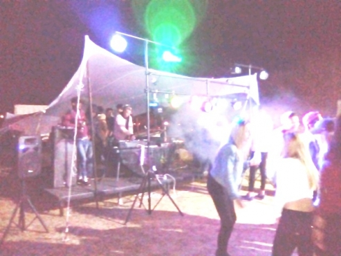 BEST PRICES on Sound, Lighting, Stages and Event Equipment for Hire SPECIAL Stage,sound,lights R1200