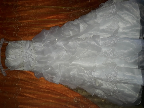 Wedding gown for sale never worn