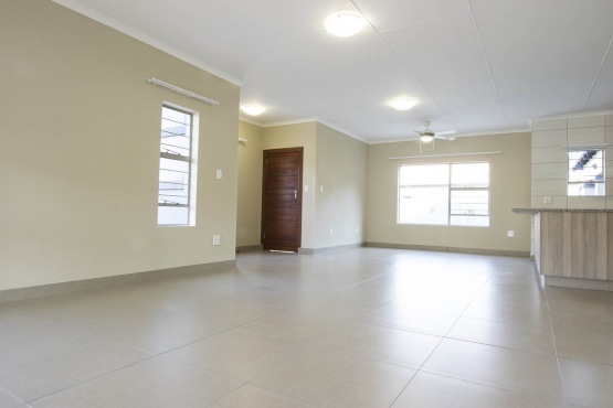 Jenny's Place 3 Bedroom Duplex Equestria R 5000 OFF FIRST MONTH'S RENT!