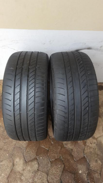 Two good used 275/40/20 Continental 4x4 Contact tyres fits BMW X5 and Range Rover Sport