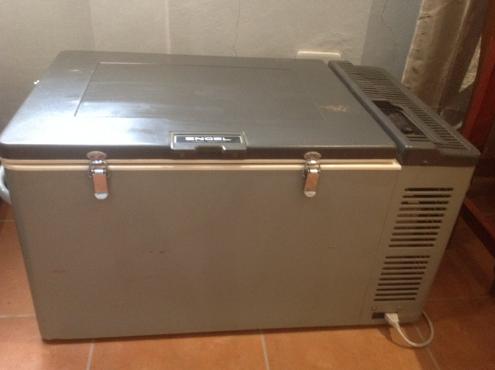 Engel 80 litre camping fridge/freezer! | Junk Mail