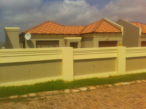 2 Bedroom 2 Bathroom Tuscan House for Sale in Springbok Park, Witbank