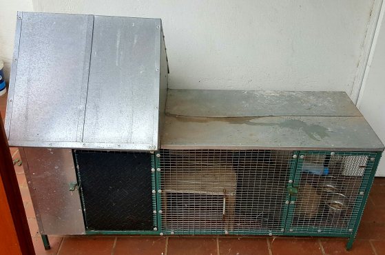 Deluxe Guinea Pig/rabbit hutch cage