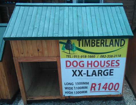DOG HOUSES MEDIUM