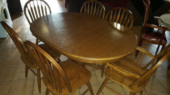 Solid oakwood dining room set