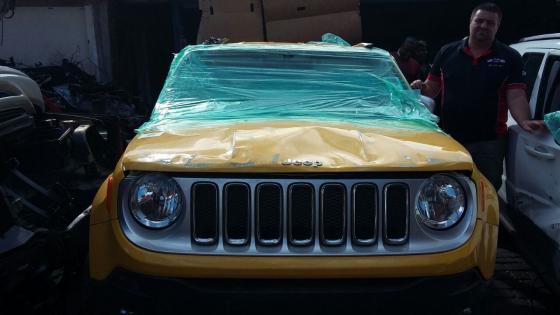Jeep Renegade Stripp