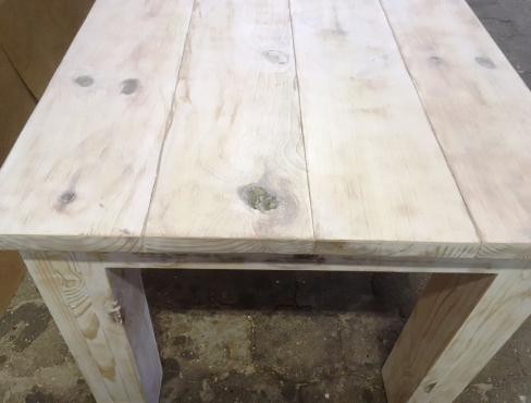 Patio table Chunky Cottage series 2600 White washed distressed