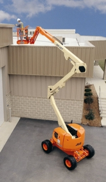 Cherry Picker Hire: JLG450AJ 15M DIESLE BOOM LIFT FOR HIRE/SALE