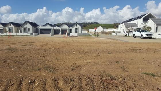 Somerset West big corner plot in Sitari Country Estate