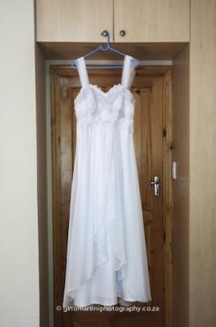 Satin/chiffon wedding dress - worn once.