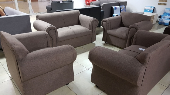 Brand new 5 seat lounge suite