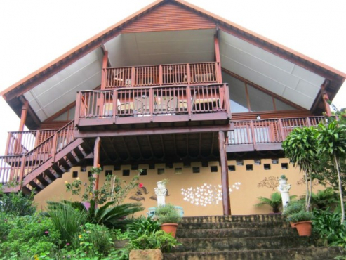 3 Bedroom,2 Bathroom Log Home with Stunning River Views for sale in,Banners Rest, Port Edward
