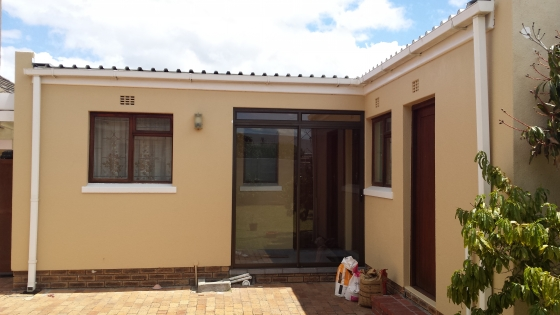 STRICTLY HALAL COMPLIANT STUDENT GARDEN COTTAGE ACCOMMODATION IN LANSDOWNE, CAPE TOWN