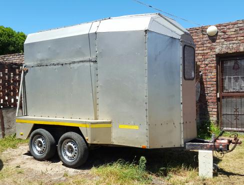Horsebox 2 Berth Aluminium
