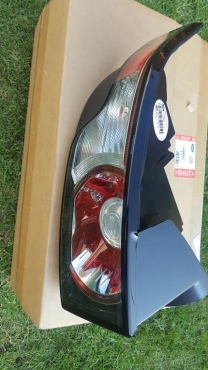Brand New Evoque Headlamp and Tail Light