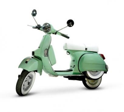 A brand new Mint Green VESPA / Piaggio licenced 150cc LML